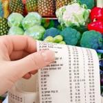 Эксперты назвали товары, которые подорожают из-за ослабления рубля